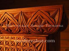 Шкафчик Лукоморье, резьба и роспись по дереву, липа.